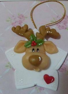 Clay Christmas Decorations, Christmas Cake Topper, Polymer Clay Christmas, Diy Christmas Gifts, Christmas Projects, Holiday Crafts, Christmas Crafts, Christmas Ornaments, Polymer Clay Ornaments