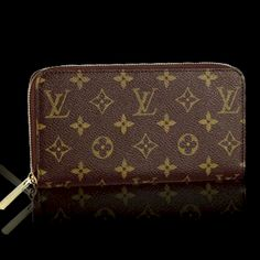LV Zippy Wallet- can't have all these bags without matching wallets!