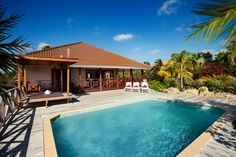 Jan Thiel Holiday Rentals is one of the most eminent companies in Curacao, serving the customers with utmost special services for Holiday rentals.