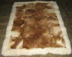 Braun, weisser #Alpaka #Fellteppich aus #Peru. in verschiedenen Größen lieferbar