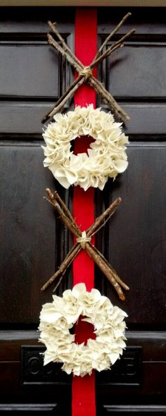 Valentines Day Decor - burlap wreath - XOXO - hugs and kisses - xo wreath - red pink - Valentines wreath ... great DiY project!