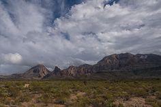 Chisos Mountains - Texas version of the Tetons [OC][3879x2582]