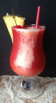 Strawberry Pina Colada - Fast Frozen #Cocktail #Recipe
