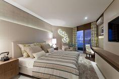 Suíte de hotel (flat) projetada pela arquiteta Margarete Iglesias. A 17ª edição da Casa Cor Bahia, em Salvador.