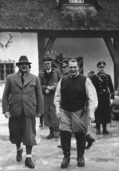 Goering at his hunting lodge