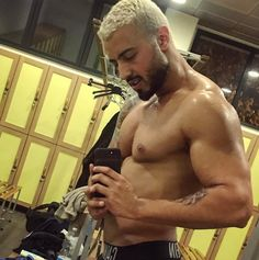 "181 Me gusta, 8 comentarios - Driss. Italia/ Dubai 💪🌹 (@drissjb) en Instagram: ""💪🏼💪🏼 #gym #palestra #italy #motivation #italia #bodybuilding #body #selfie #chest #hairstyles…"""