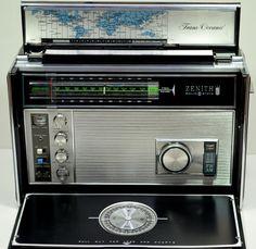 Zenith world band receiver