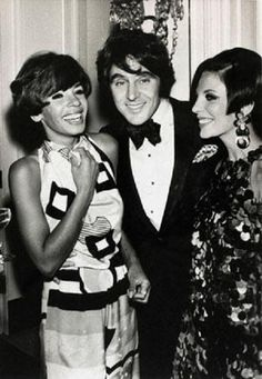 Shirley Bassey, Anthony Newley and Joan Collins, Hollywood, 1966 Dame Joan Collins, Man Of Mystery, Shirley Bassey, Ageless Beauty, Love Her Style, Film Director, Movie Stars, Actors & Actresses, Hollywood