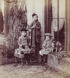 The children of Prince and Princess Henry of Battenberg, Balmoral 1891 [in Portraits of Royal Children Vol.39 1890-1891] | Royal Collection Trust