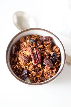 if you want your house to smell like Christmas, you need to bake a batch of this easy, homemade gingerbread granola