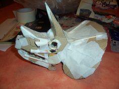 My Own Triceratops' Skull : 7 Steps (with Pictures) - Instructables Dinosaur Halloween Costume, Dinosaur Costume, Halloween Kids, Dinosaur Crafts Kids, Dinosaur Art, Cardboard Mask, Cardboard Sculpture, Fête Jurassic Park, Dragons