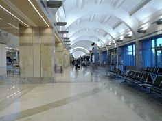 SNA - Santa Ana - John Wayne Intl. Airport Professional Limo Service for any occasion. Comfortable, Safe Limo Service by Legitimate Limo companies. Book Worry Free!