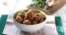 Le polpette al microonde, come fritte, morbide e gustose? Con questa ricetta si può! In pochi minuti e senza sporcare nulla, potremo gustare le polpette di carne, cotte nel microonde. Piccoli trucchi, le renderanno perfette!