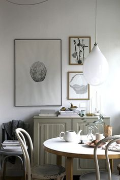 A lovely small Swedish space with pastel touches