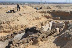 "Túmulo de ""dinastia perdida"" é encontrada no Egipto"