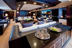 Saloon deck of a much more reasonable $11m yacht. [[MORE]]skibideebop:Source/More Photos.