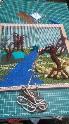 Weaving Wall Hanging, Weaving Art, Weaving Patterns, Tapestry Weaving, Loom Weaving, Crochet Patterns, Yarn Wall Art, Crochet Art, Bargello