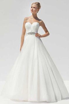 20 glamouröse Brautkleider voller Glanz und Glanz. Necklines For DressesWedding  Dress ... fe4591e7e956