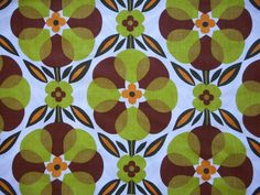 Lovely vintage/retro 60 s/70 s cotton fabric - 1M lengths - green & brown