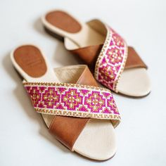 The Tatreez Cross Sandal screams warm-weather fun! Pair it with your favorite flowy skirt and enjoy the last bit of Summer! Flowy Skirt, Leather Design, Ethical Fashion, Women Empowerment, Warm Weather, Sustainable Fashion, Soft Leather, Palestine, Footwear