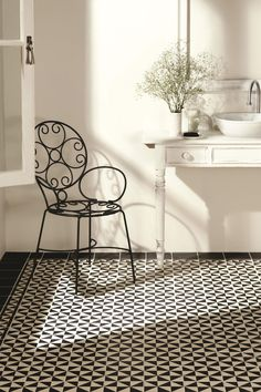 Avignon tiles feature a stylish monochrome pattern inspired by designs seen in Medieval halls and churches. From the Odyssey collection by Original Style. Available at Welby & Wright. Black White Bathrooms, Black And White Tiles, White Walls, Room Inspiration, Interior Inspiration, Dover White, Diy Kitchen Decor, Home Decor, Tile Manufacturers
