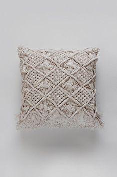 Macrame Pillow / Throw Pillow / Decorative Pillow / Modern Macrame / Fiber Art / Bohemian Decor / Macrame Tapestry / Macrame Pillow Case - Decoration Fireplace Garden art ideas Home accessories White Decorative Pillows, Gold Pillows, Diy Pillows, Throw Pillows, Gold Couch, Large Pillows, Cushions, Bedroom Decor For Couples, Diy Bedroom