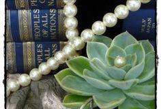 Meade Café decor Jewelry, Decor, Jewellery Making, Dekoration, Jewlery, Decoration, Jewelery, Jewerly, Home Decoration