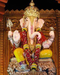 🙏GARUD GANPATI MANDAL, PUNE🙏 Ganesh Statue, Shri Ganesh, Lord Ganesha, Pune Ganpati, Ganpati Bappa, God Pictures, Indian Gods, Indian Beauty, Goddesses
