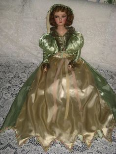 '30's Side Glancing Boudoir Doll Green & Cream Satin Dress & French Ribbon Rosette Trim