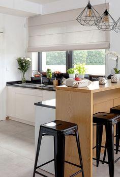 Moderná jedáleň  #jedalen#modernystyl#rimskaroleta#cierna#drevo Nordic Interior Design, Modern, Furniture, Home Decor, Organic Shapes, Minimalist, Asylum, Home Decor Accessories, Textiles
