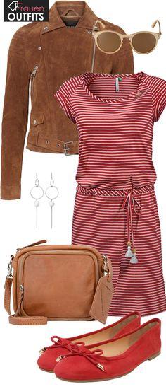 Schönes Frühlingsoutfit aus gestreiftem, roten Kleid, roten Ballerinas und brauner Umhängetasche... #fashion #fashionista #mode #damenmode #frauenmode #outfit #damenoutfit #frauenoutfit #frühling #ootd #inspiration #look #style