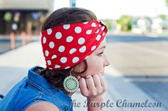 18 Crazy-Easy Costumes For Halloween-Loving Moms Mom Costumes, Easy Halloween Costumes, Rosie The Riveter, Red Bandana, Working Woman, Wrap Style, Head Wraps, Red And White, Pin Up