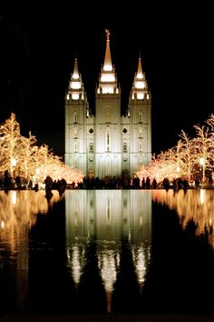 Salt Lake City Temple - my eternity began here.  モルモン教の総本山 ソルトレイクシティ  初めて訪れたのは既に24年前。