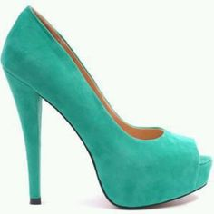 Tiffany blue shoes love.