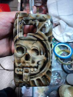Tapa celular tema prehispánico
