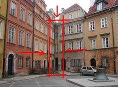 The narrowest house in Warsaw from the 18th century
