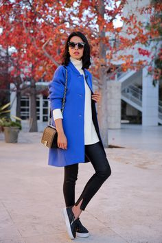 chic outfit with sneakers