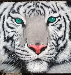 Tigre blanc peinture peinture à lhuile sur toile.    Taille 40 « X 40 »    Artiste : Tanongchat    Jai envoyer la peinture soigneusement