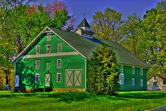 Green Barn    Located in Central Indiana near the town of Brazil.