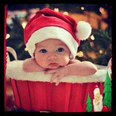 christmas time baby photography
