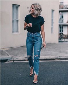 50 Best Outfits to Wear Vintage High Waisted Jeans in Style - Herren- und Damenmode - Kleidung Mode Outfits, Casual Outfits, Fashion Outfits, Summer Outfits, Casual Attire, Fashion Clothes, School Outfits, Jeans Fashion, Gym Outfits