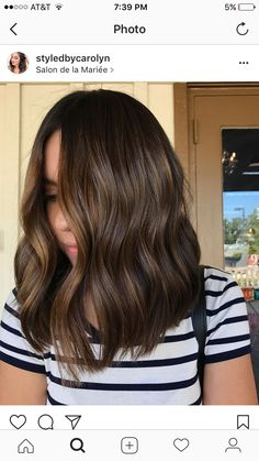 Ideas For Hair Color Balayage Brunette Caramel Brown Haircuts Brown Hair Balayage, Hair Color Balayage, Ombre Hair, Balayage Brunette, Haircolor, Medium Length Wavy Hair, Medium Hair, Medium Brunette Hair, Medium Brown Hair Color