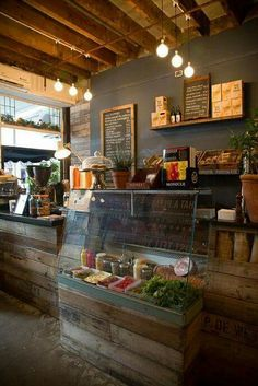 Pizza restaurant but maybe ideas for use of wood?: - Pizza restaurant but maybe ideas for use of wood? Rustic Coffee Shop, Rustic Cafe, Coffee Shop Design, Wood Cafe, Rustic Wood, Industrial Coffee Shop, Hipster Coffee Shop, Rustic Bakery, Kitchen Rustic