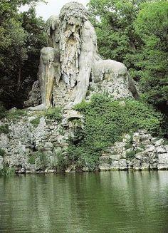 Statua dell' Appenino, Villa Demidoff, Florence