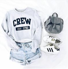 grey bag, girlstyle, street style, addias, white shoes, short jeans,long sleeves top
