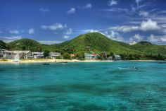Grenada is one of the magical exotic island countries of the Caribbean Sea. However, Grenada is not a single island. The main island goes by the same name as. Belize Vacations, Belize Travel, Vacation Trips, Belize Barrier Reef, Iles Grenadines, Weather In Belize, Beaches In The World, Island Beach, Island Life