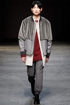 http://i1.wp.com/www.thefashionisto.com/wp-content/uploads/2014/01/casely-hayford-fall-winter-2014-show-0001.jpg