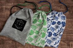 YUF t-shirt packaging