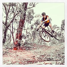 Finishing the year with a little bit of style Foto by Mitch Fury @mfury101 #cycling #bike #mtb #mountainbike #offroad #road #nature #freestyle