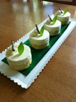 CITRÓNOVÁ   SEMIFREDA Frosting Recipes, Dessert Recipes, Lemon Cheesecake, Russian Recipes, How Sweet Eats, Cheesecakes, Dessert Table, Sweet Recipes, Food And Drink